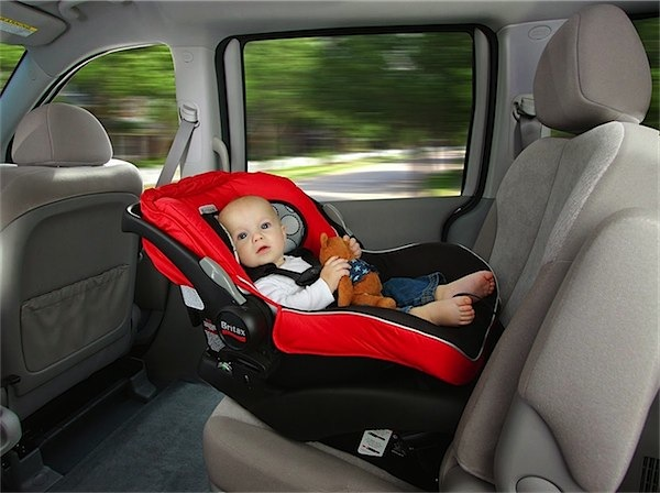 Tips for buying your first infant car seat via Toby & Roo :: daily inspiration for stylish parents and their kids.