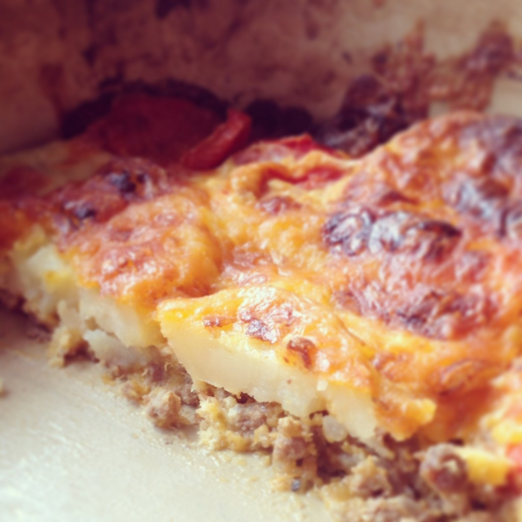 Accidental dinners are usually a hit in our house - I'm not sure if it was the classic tomato and cheese combination or why it worked, but it really worked and was a perfect summer version of Moussaka!