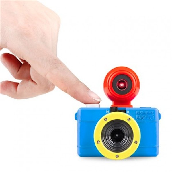 Lomography Bauhaus baby fisheye camera for kids via Toby & Roo :: daily inspiration for stylish parents and their kids.