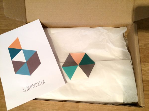 Almondella gift boxes via Toby & Roo :: daily inspiration for stylish parents and their kids.