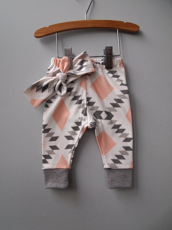 Adorable leggings in from Bert & Bear via Toby & Roo :: daily inspiration for stylish parents and their kids.