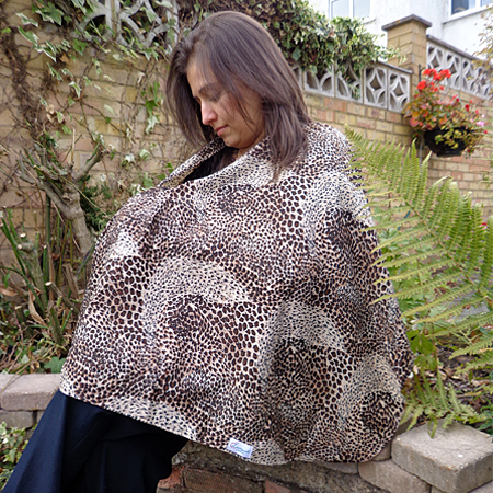 Loveyush Breastfeeding scarves via Toby & Roo :: daily inspiration for stylish parents and their kids.