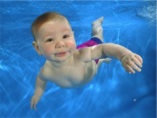 Baby swimming :: tips for your first class via Toby & Roo :: daily inspiration for stylish parents and their kids.