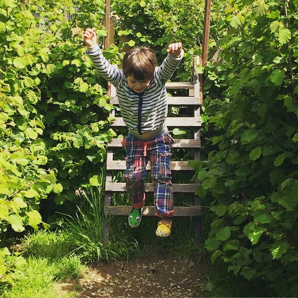 Exploring the great outdoors via Toby & Roo :: daily inspiration for stylish parents and their kids.