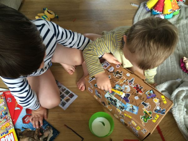 Make a memory box over the summer holidays to look back on in years to come! via Toby & Roo :: daily inspiration for stylish parents and their kids.