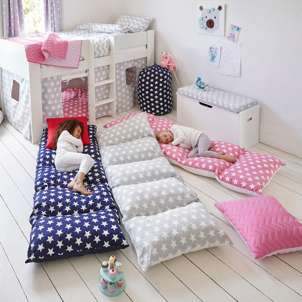 Brilliant Sleepover Accessories That Are A Must Have For