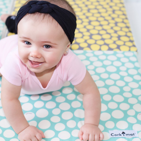 Pillobebe :: A totally non-toxic, super stylish playmat for your children via Toby & Roo :: daily inspiration for stylish parents and their kids.