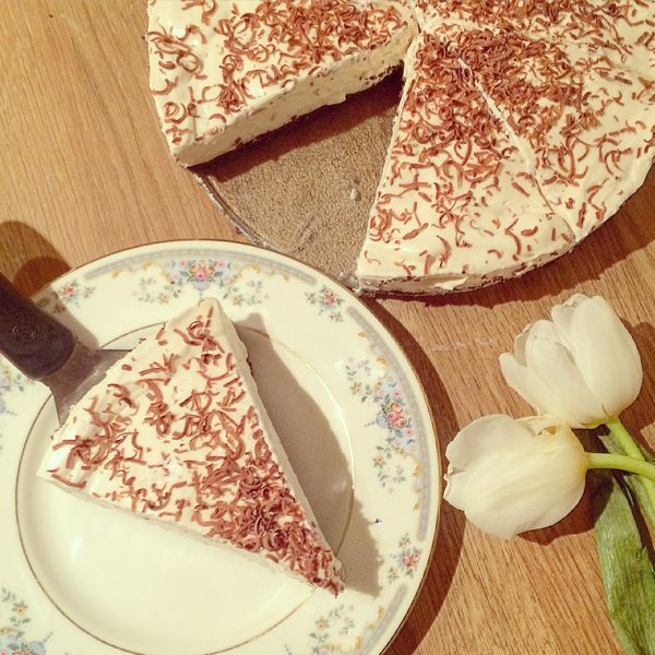 Slimming World Approved Bailey's Cheesecake recipe via Toby & Roo :: daily inspiration for stylish parents and their kids.