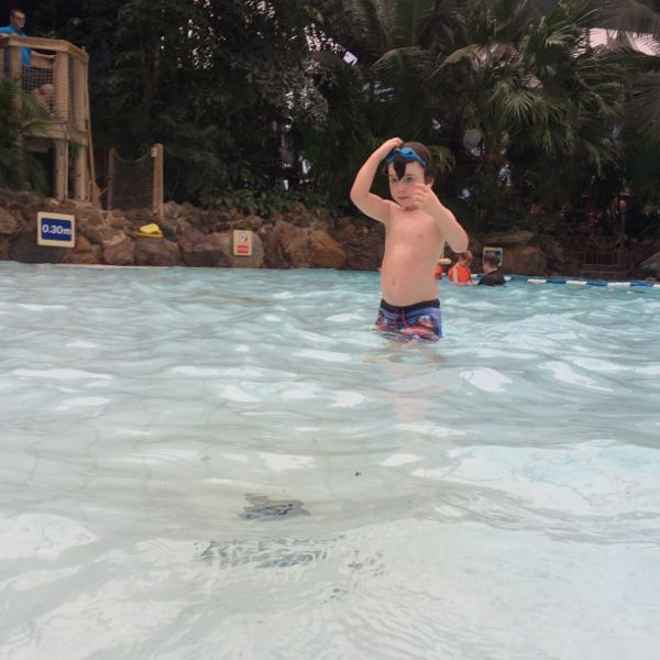 Great tips for helping your little one adjust to first swimming classes via Toby & Roo :: daily inspiration for stylish parents and their kids.