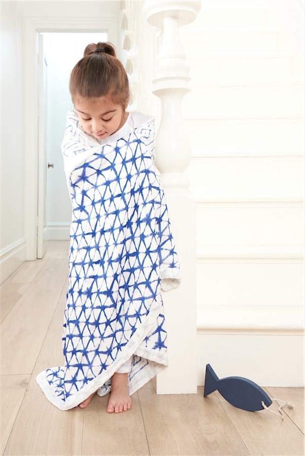 WIN this blanket or one of your choosing via Toby & Roo :: daily inspiration for stylish parents and their kids.
