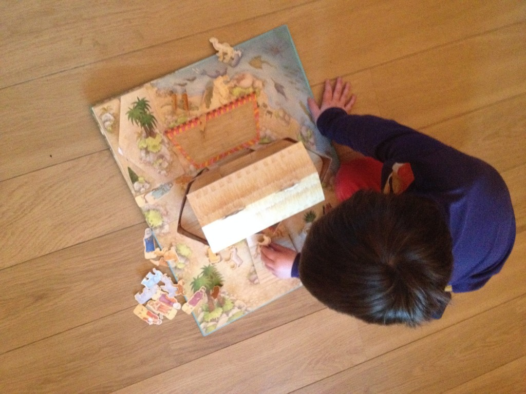The ark comes complete with a Noah's Ark story book too so you can explain the story to your little ones and they can enjoy acting it out!