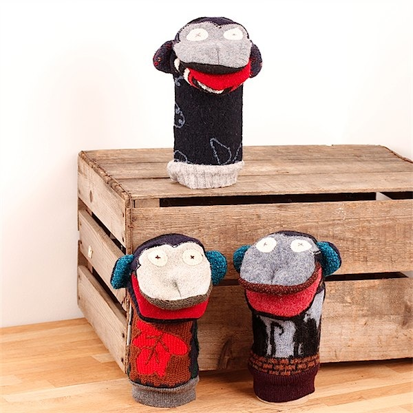 Ethical toy puppets from Green Tulip via Toby & Roo :: daily inspiration for stylish parents and their kids.