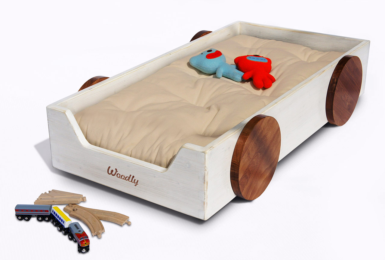 Montessori beds from Woodly via Toby & Roo :: daily inspiration for stylish parents and their kids.