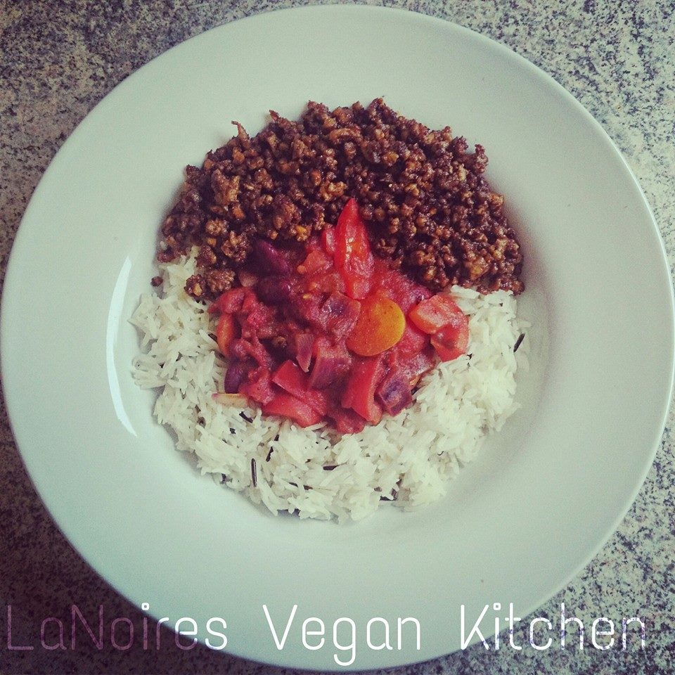 LaNoire's Vegan Kitchen :: Vegan Chilli Con Carne via Toby & Roo :: daily inspiration for stylish parents and their kids.