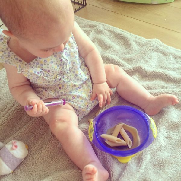 Edith's favourite finger foods for baby led weaning via Toby & Roo :: daily inspiration for stylish parents and their kids.