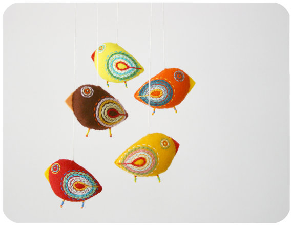 Adorable, hand crafted crib mobiles from Moloco via Toby & Roo :: daily inspiration for stylish parents and their kids.