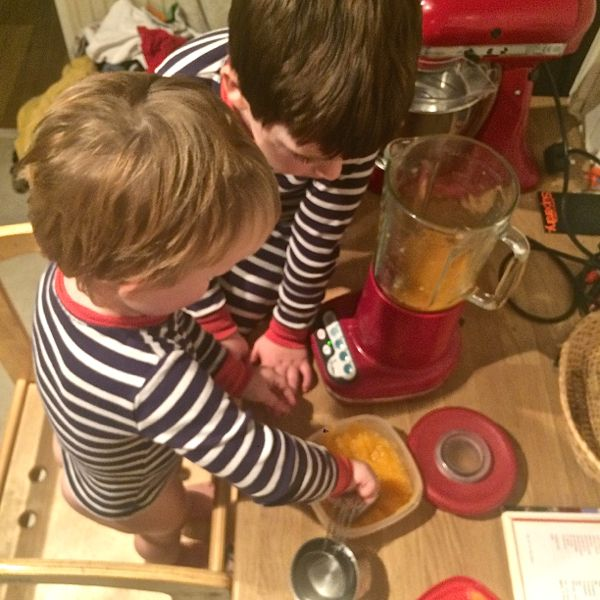 DIY spa, pumpkin face mask tutorial via Toby & Roo :: daily inspiration for stylish parents and their kids.