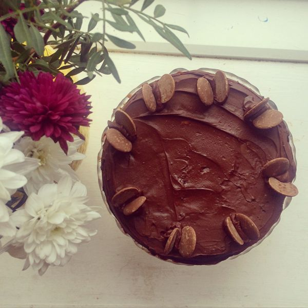 Chocolate cake recipe from Toby & Roo :: parenting and lifestyle blog.